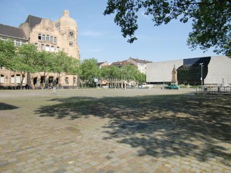 Toulonplatz Mannheim (82__Toulonplatz+Mannheim0.jpg)